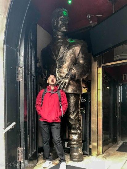 Frankenstein statue at pub in Edinburgh